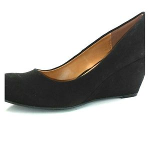 CL by Chinese Laundry Wedge Heel Pumps Size 8